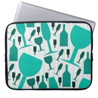 Wine glass pattern laptop computer sleeves