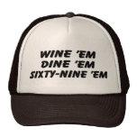 Wine ils les dinent soixante-neuf ils chapeau de c casquette