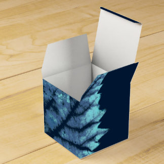 Wine sheet autumn favor box