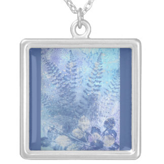 Winter Flowers Necklace