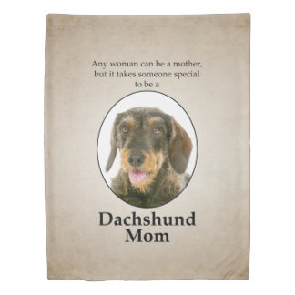 Wirehaired Dachshund Mom Duvet Cover