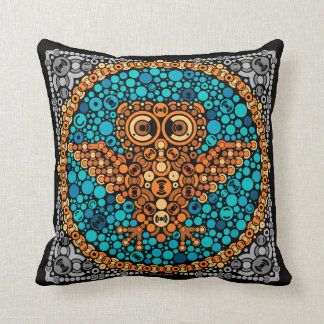 Wireless Owl, Color Perception Test, Black Throw Pillow