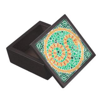 Wireless Python, Color Perception Test, White Premium Jewelry Boxes