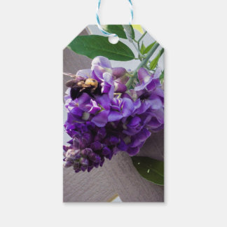 Wisteria & Bee Pack Of Gift Tags