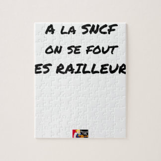 WITH the SNCF ONE SE FOUT OF the SCOFFERS - Word Jigsaw Puzzle