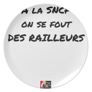 WITH the SNCF ONE SE FOUT OF the SCOFFERS - Word Plate