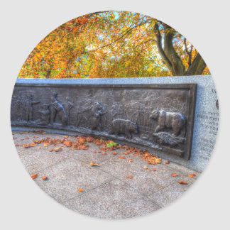 Wojtek The Soldier Bear Memorial Edinburgh Classic Round Sticker