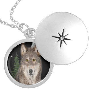wolf art silver plated necklace