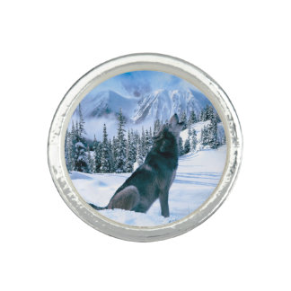 Wolf Call Ring