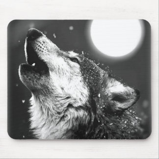 Wolf Howling at Moon Mouse Pads
