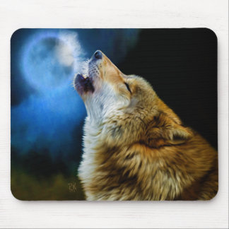 Wolf Howling Beneath Full Moon Mouse Pad