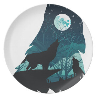 Wolf Howling with Forest Plate