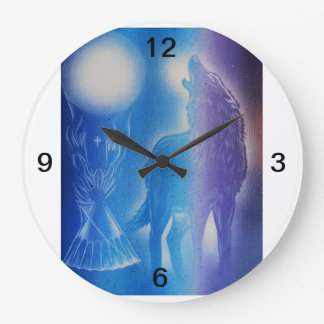Wolf in the mist large clock