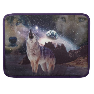 Wolf in the moon howling at the earth sleeves for MacBook pro