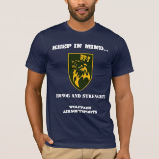 wolf luggage honor and strenght T-Shirt