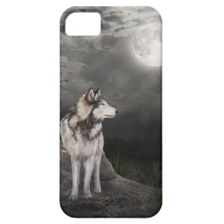 Wolf under a full moon iPhone 5 case