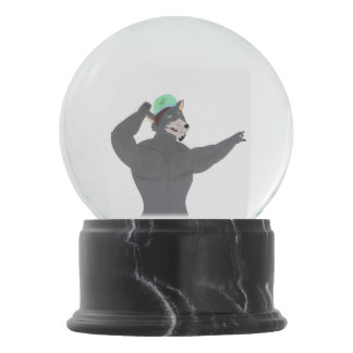 WOLF WITH CAP SWELL WITH SNOW SNOW GLOBE