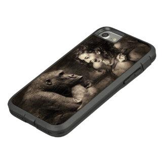 Woman Making Gorilla Laugh Case-Mate Tough Extreme iPhone 8/7 Case