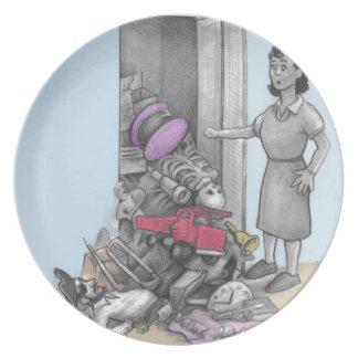 Woman's Stuff Falls Out of Closet Plate