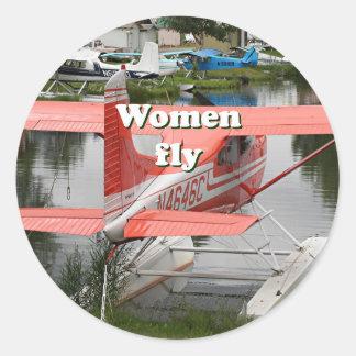Women fly: float plane 23, Alaska Classic Round Sticker