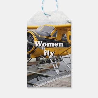 Women fly: float plane, Lake Hood, Alaska Pack Of Gift Tags