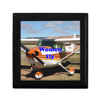 Women fly: high wing aircraft gift box