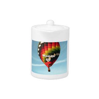 Women fly: hot air balloon