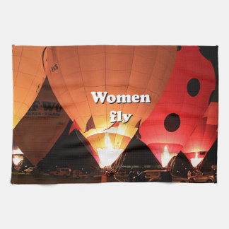 Women fly: hot air balloon 2 hand towels