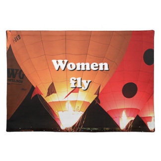 Women fly: hot air balloon 2 placemat