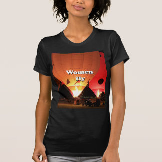 Women fly: hot air balloon 2 T-Shirt