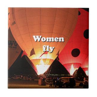 Women fly: hot air balloon 2 tile