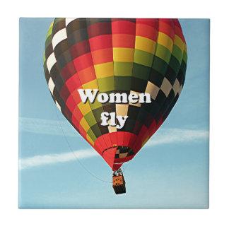 Women fly: hot air balloon tile