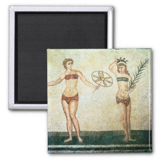 Women in 'bikinis' square magnet