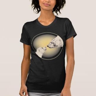 Womens Polar Bear Kiss T-shirt Ladies Bear Art Tee
