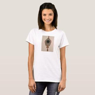Women's T-Shirt with Oriental Soutache Pendant