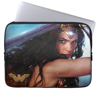 Wonder Woman Blocking With Sword Computer Sleeve