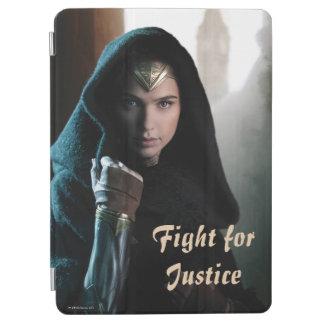 Wonder Woman in Cloak iPad Air Cover
