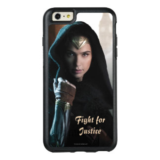 Wonder Woman in Cloak OtterBox iPhone 6/6s Plus Case