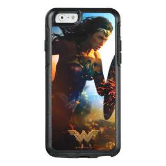 Wonder Woman Running on Battlefield OtterBox iPhone 6/6s Case