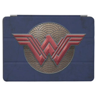 Wonder Woman Symbol Over Concentric Circles iPad Air Cover