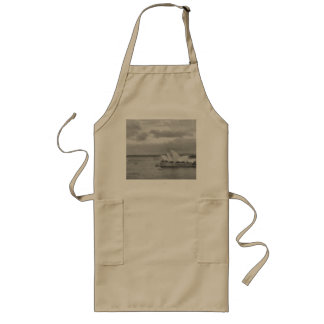 Wonderful architecture of Sydney Opera House Long Apron