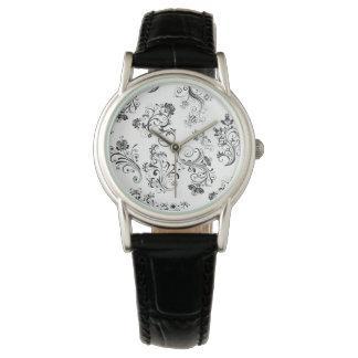 wonderful floral leafy design wrist watch