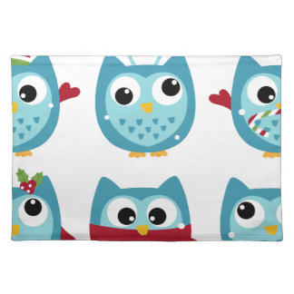 Wonderful owls blue on white placemat