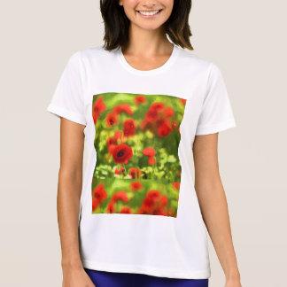 Wonderful poppy flowers VI - Wundervolle Mohnblume T-Shirt