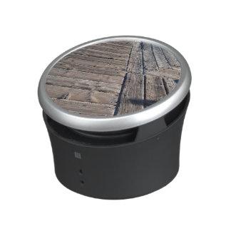 wood planks bluetooth speaker