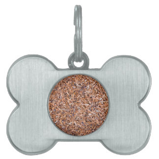 Woodchips as background pet ID tags