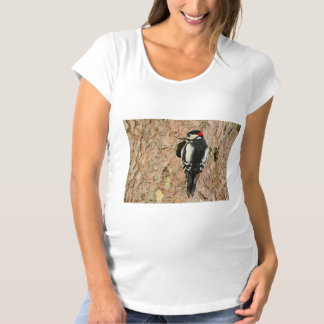 woodpecker on his tree maternity T-Shirt