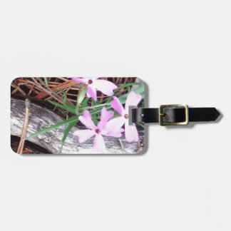 woods in pink luggage tag