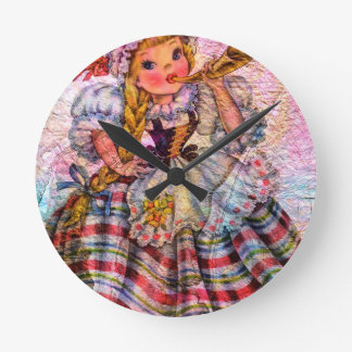 WORLD DOLL SWISS ROUND CLOCK