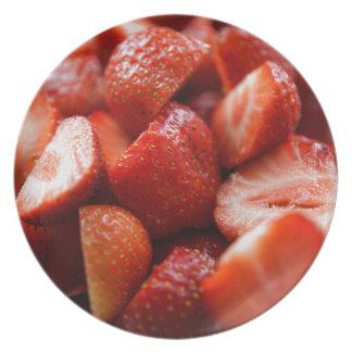 World OF Strawberries Dinner Plate